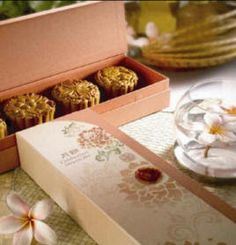 Moon Cake Festival on Packaging of the World - Creative Package Design Gallery