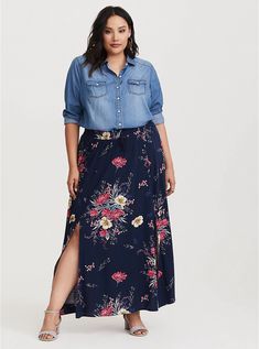Side slits add flow to a soft challis knit maxi skirt. line dry Imported plus size skirts SIZE + FIT Model is size 1 Size 2 measures from waist to hem Plus Size Long Skirts, Plus Size Maxi, Plus Size Dresses, Plus Size Outfits, Maxi Dresses, Evening Dresses, Plus Size Casual, Ivory Dresses, Summer Dresses