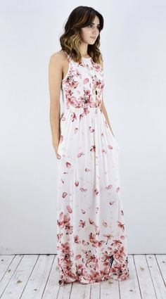 ~~~IN LOVE with this floral maxi! Want this in my next box! Try STITCH FIX today, just click the picture to get started with your own personal stylist! Stitch fix spring. Stitch fix summer. #affiliatelink