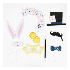 Present ideas for boys to be handed out at the end of a birthday party or used as a pinata filler. Photo Props, Photo Booth, Pinata Fillers, Magic Party, Diy, Presents, Kids Rugs, Birthday, Wedding