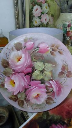 Pottery Painting, Ceramic Painting, Ceramic Art, Hand Painted Plates, Hand Painted Ceramics, China Painting, Arte Floral, Watercolor Flowers, Glass Art