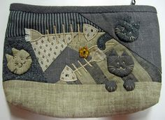 Quilted cat pouch - Japanese pathcwork