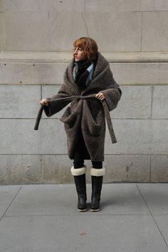 Boessert Schorn Long Zipper Sweater Coat.