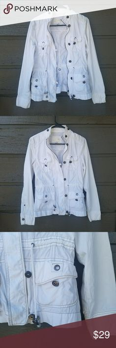 Maurices White Cargo Jacket Excellent condition  Feel free to ask me any additional questions! Reasonable offers are considered. No trades, or modeling. Happy Poshing! Maurices Jackets & Coats