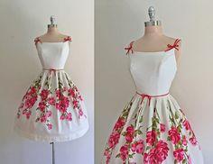 Vintage 1950s Pink Roses Print Cotton Full Skirt Summer Sun Dress S