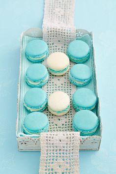Aqua   Turquoise   macarons
