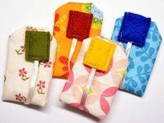 Teebeutel für das Spielteeservice nähen Sewing Toys, Sewing Crafts, Diy And Crafts, Crafts For Kids, Toddler Play, Toy Kitchen, Kids Toys, Barn, Crochet