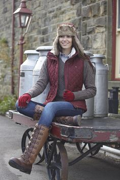 From the Toggi AW14 collection, Rachael wears the Haverhill gilet in Claret, teamed with the Bloomsbury jumper, matching Stirling hat and Beeston knitted gloves... very toasty!