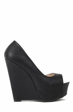 Amazon.com: Qupid Jasper-01 Peep Toe Platform Wedge - Black PU: Shoes