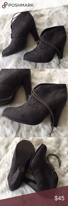 """Lace Up Bootie TORRID / Lace Up Bootie with Heel SIZE 12 - Greyish brown Faux Leather (PU) Bootie with brown heel - 2 hole front lace up - 3"""" heel - Floral lining ✅ Worn once for photos ✅ NO trades / NO low-balling ✅ List price is fair and highly discounted✌️ Torrid Shoes Ankle Boots & Booties"""