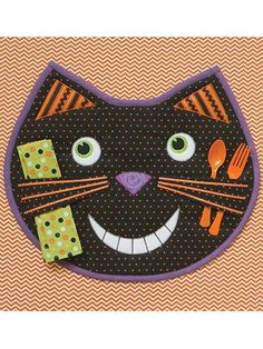 Give your table decorations a fancy finish with these applique table quilt patterns. We have applique table quilt patterns to match a variety of kitchen styles. Halloween Quilts, Halloween Placemats, Halloween Fun, Halloween Sewing Projects, Quilt Patterns, Sewing Patterns, Placemat Patterns, Cat Applique, Place Mats Quilted