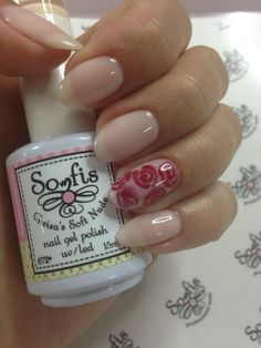 Red roses nail!!!! Nail art by Somfis . For orders go to www.somfisnails.com