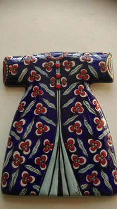 Mavicini Turkish Tiles, Ceramics Projects, Ottoman, Islamic Art, Diy And Crafts, Pottery, Embroidery, Dresses, Style