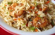 Il riso e gamberetti alla bengalese è un piatto unico tradizionale della cucina indiana. Anche in questo caso è il riso la base del piatto che viene ...