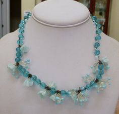 VINTAGE ITALY MURANO VENETIAN GLASS CLUSTER FLOWERS AQUA BEADS NECKLACE