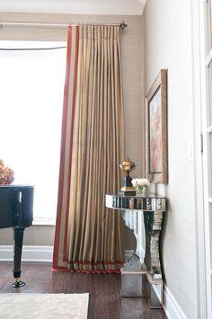 Smart crisp pleats with geometric contrast border and leading edge
