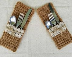 Crochet Faux Burlap and Lace Silverware Pockets PATTERN ONLY wedding gift bridal table dining place setting country rustic holder easy from HighlandHickoryDsgns on Etsy Studio Crochet Gifts, Free Crochet, Bridal Gifts, Wedding Gifts, Bridal Table, Crochet Home Decor, Crochet Kitchen, Pocket Pattern, Crochet Accessories