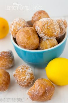 Easy Lemon Donut Holes - Easy, delicious, and vegetarian! Only 6 ingredients! | Recipe from crazyforcrust.com