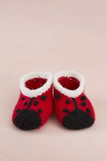 Free knitting pattern for Lady Bug Booties - Lorna Miser designed these adorable baby booties for your love bug. Pattern is rated easy by Red Heart and Ravelry knitters. Also available with matching Lady Bug Jacket and Hat. Knitting For Kids, Baby Knitting Patterns, Crochet For Kids, Knitting Socks, Baby Patterns, Free Knitting, Crochet Patterns, Free Crochet, Lady Bug