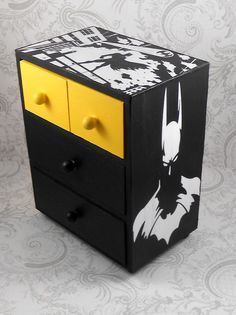 Custom Batman Yellow and Black Stash Jewelry Box - Batman Decoration - Ideas of Batman Decoration - Custom Batman Yellow and Black Stash Jewelry Box by Boy Room, Kids Room, Painted Furniture, Diy Furniture, Luxury Furniture, Marilyn Monroe Decor, Jewerly Box Diy, Batman Bedroom, Geek Decor