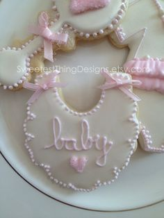 Baby Shower Cookie Favors | Bib Cookie / Baby Shower Favor by The by ... | Cookies, Cakes, Cupcak ...