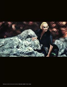"""Into the Wild"" : Ginta Lapina : Numéro #137 October 2012 : Sebastian Kim"