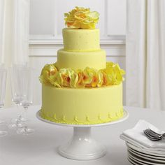 yellow decorated cakes | Yellow Roses Wedding Cake Decorating 300x300 Wedding Cakes with Yellow ...