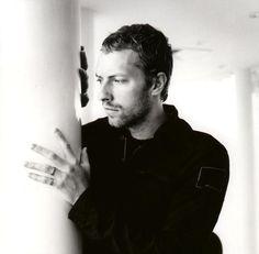 LULZ (foto di lastfm.it). «Mah, non è che l'abbia guardato bene... giovane, sui vent'anni forse, assomigliava un po' al cantante dei Coldplay, ma non mi ricordo altro, anche perché con tutti i cazzi che avevo, figurati se mi mettevo a osservare sto' tipo...»