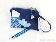 Recycled denim pencil case or pouch with small di Filoecoloridiila, €23.00