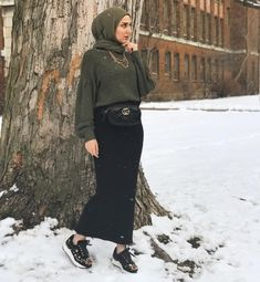 Fashion Hijab Sweety on Today Islamic Fashion, Muslim Fashion, Hijab Fashion, Fashion Outfits, Hijab Wear, Hijab Outfit, Uni Fashion, Skirt Fashion, Style Hijab Simple