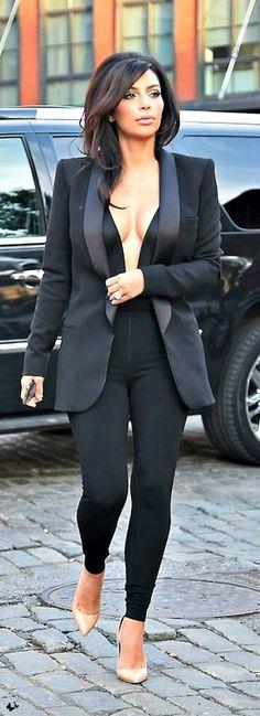 ~Kim Kardashian arriving to the Mercedes-Benz Fashion Week, NYC   House of Beccaria