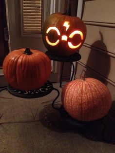 30 Pumpkin Carving Ideas for Halloween to spread the spooky affair Ethinify – flowers Harry Potter Pumpkin Carving, Owl Pumpkin Carving, Funny Pumpkin Carvings, Amazing Pumpkin Carving, Halloween Pumpkins, Halloween Ideas, Halloween 2019, Halloween Outfits, Halloween Crafts