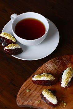 Ricotta and Orange Blossom Stuffed Dates - simple and romantic dessert or afternoon tea.