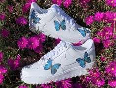 Blue butterfly Air Force 1 Blue butterfly Air Force 1 customs All shoes are made to order ❤️ I have all sizes , let me know if you have any questions:) Key words : Custom nikes Gucci goyard custom vans lv vans Nike Shoes Sneakers Butterfly Shoes, Blue Butterfly, Nike Shoes Air Force, Air Force Sneakers, Aesthetic Shoes, Hype Shoes, Fresh Shoes, Painted Shoes, Painted Sneakers