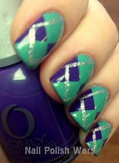 Nail Polish Wars: Argyle nails