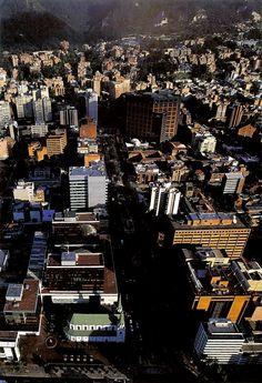BOGOTÁ | La Porciúncula y Centro Comercial Granahorrar