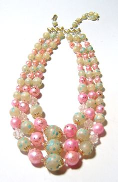 vintage pale pink and green three stranded necklace G
