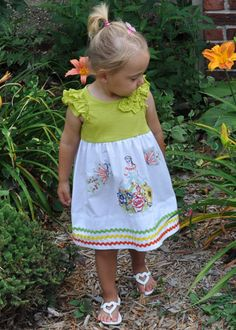 Vintage Pillowcase Dress! Very simple to make and Simply Adorable! Great Tutorial! Pinned for the bottom