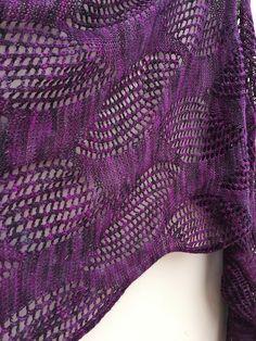 Flickr photo Knitting, Fashion, Moda, Tricot, Fashion Styles, Cast On Knitting, Stricken, Fasion, Weaving
