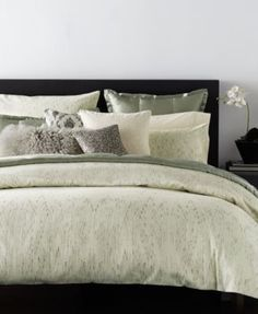 The fresh, textured look of Donna Karan Home's Exhale full/queen duvet cover adds on-trend appeal to your bedroom decor. | Face: polyester/cotton; reverse: T300 cotton sateen | Machine washable | Impo