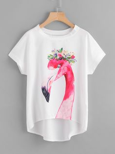 SheIn offers Flamingo Print Batwing Sleeve Dip Hem Top & more to fit your fashionable needs. Fabric Paint Shirt, Paint Shirts, T Shirt Painting, Painted Jeans, Painted Clothes, Flamingo Print, Batwing Sleeve, Chiffon Fabric, Diy Clothes