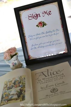 My Life as a Lawyers Wife: Ellies Alice-in-Wonderland 1st Birthday Party
