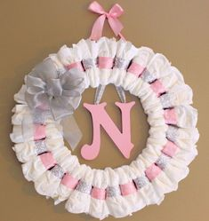 Large Custom Pink and Grey Diaper Wreath with Painted Wooden Wall Letter and Ribbon Baby Shower Gift Nursery Wall Decor - Decoration For Home Idee Baby Shower, Baby Shower Crafts, Cute Baby Shower Ideas, Baby Shower Diapers, Baby Shower Themes, Baby Boy Shower, Baby Kranz, Diaper Wreath Tutorial, Welcome Home Baby