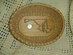 Customize this lovely weaved basket with the Alabama State design and state quarter will make a very unique gift.  A place to toss your keys when you come home, or fill with your favorite treats.  Custom made for each State.  This is a gift that you can give anyone for any occasion.