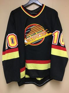 df4fd3128be Vintage official ccm pavel bure black vancouver canucks jersey size m