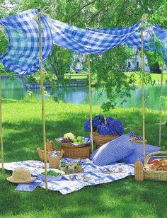 Al fresco blue gingham picnic from Veranda October 2008 Picnic Time, Summer Picnic, Summer Fun, Picnic Parties, Beach Picnic, Garden Picnic, Picnic Spot, Spring Summer, Outdoor Dining