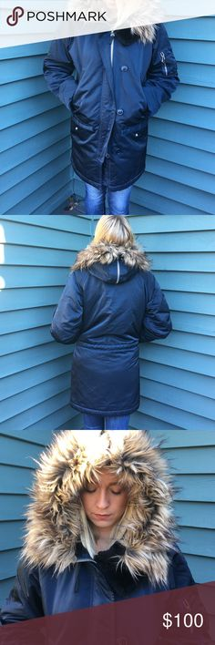 navy parka with fur hood In great condition worn 3 times. Navy with fur hood . Perfect for winter , really warm GAP Jackets & Coats Puffers