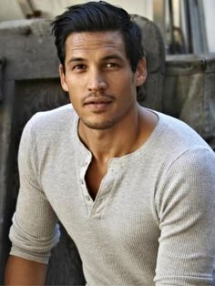 Chaska Gray - Older Brother of Ashkii Gray is my Cary in Elizabeth Hunter's and Main series Handsome Men Quotes, Handsome Arab Men, Inspiration Drawing, Character Inspiration, Gorgeous Men, Beautiful People, Latino Men, Men Quotes Funny, Native American Men