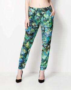 egzotik baskılı tulum #bershka #elbise #koleksiyon #desen #desenlielbise #etnikelbise #ilginçelbise # kısaelbise #şort #etek #bluz #yazlık #ayakkabı #tulum #pantolon