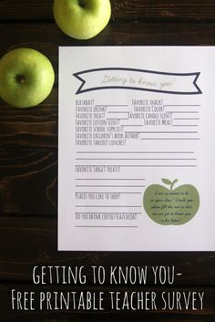 I love that this one asks, tea/coffee/cocoa-- free printable teacher survey- get to know your teacher's likes, interests and favorite things (such a great idea generator! Back To School Gifts, School Fun, School Teacher, School Days, Teacher Tools, Teacher Gifts, Teacher Treats, Teacher Questionnaire, Teacher Survey